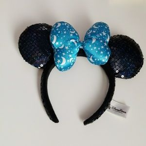 Disneyland Minnie Mouse ears